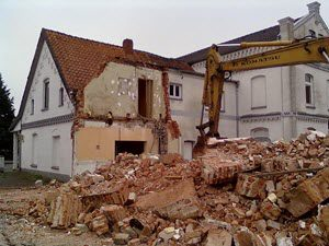 Rénover sa maison avant la vente immobilière : les bonnes pratiques à savoir